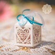 Rózsás szív szappan fehér csipkés dobozban